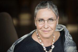Katerina Jacob: Im Fettnapf steht man meist allein